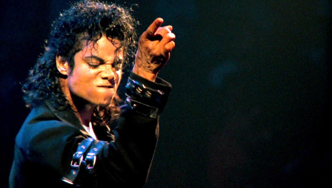 Джейсон Деруло, группы EXO и NCT 127 запишут совместный трек в память о Майкле Джексоне