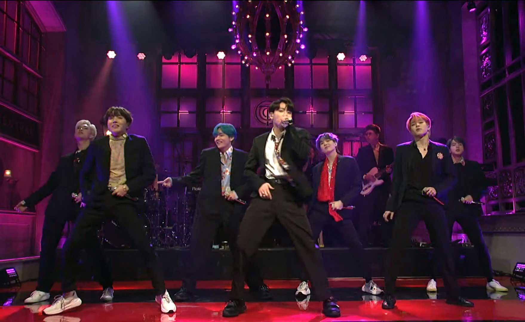 BTS исполнили «Boy With Luv» на шоу «Saturday Night Live»!