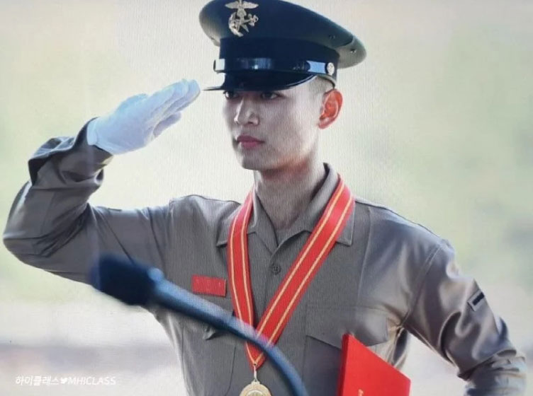 Minho-SHINee-1