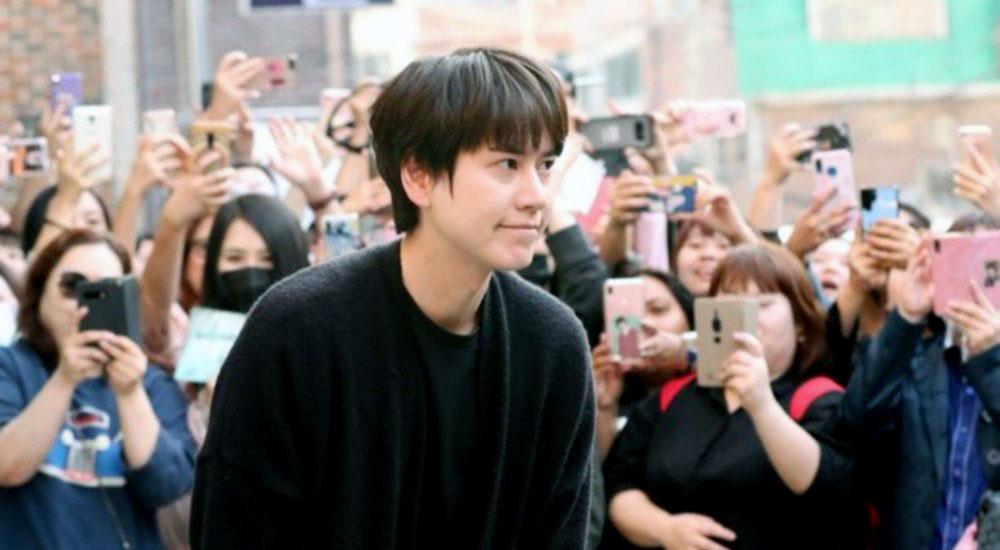 Кюхён окончил службу! Super Junior празднуют!